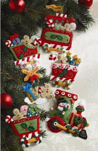 86157 Candy Express Ornaments c
