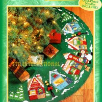 83980FCWMR1 Christmas VillageTree Skirt Front