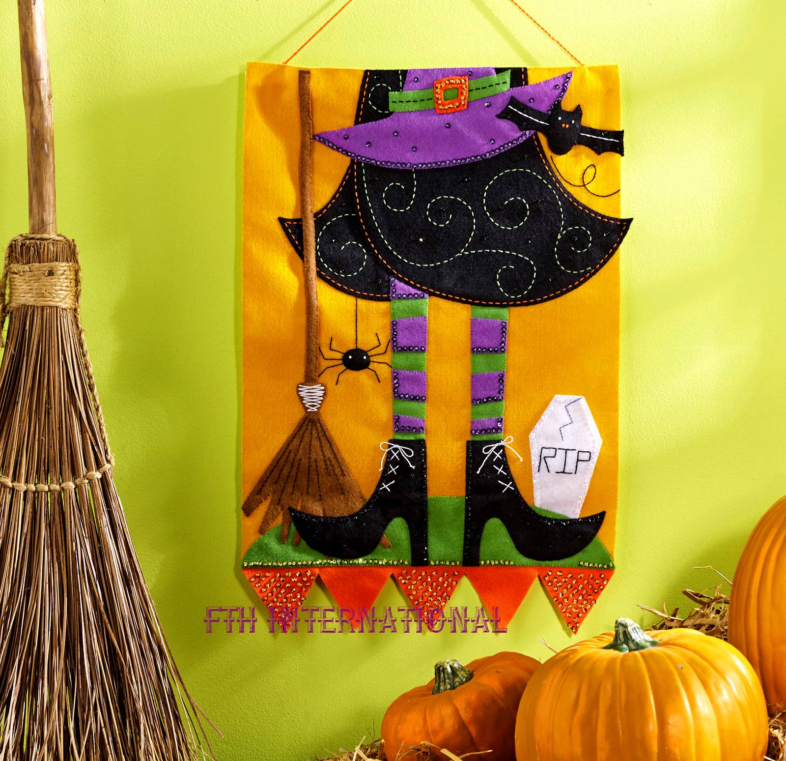 witch wall hanging bucilla felt halloween holiday home decor kit